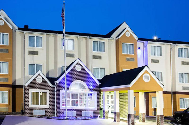 hotels in south charleston wv hotel in charleston west. Black Bedroom Furniture Sets. Home Design Ideas